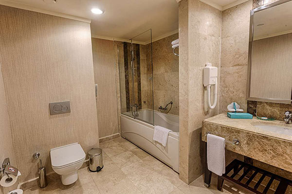 Susesi Luxury Resort Senior Suite Banyo
