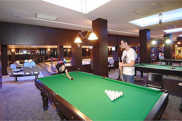 Susesi Luxury Resort Bowling Bar